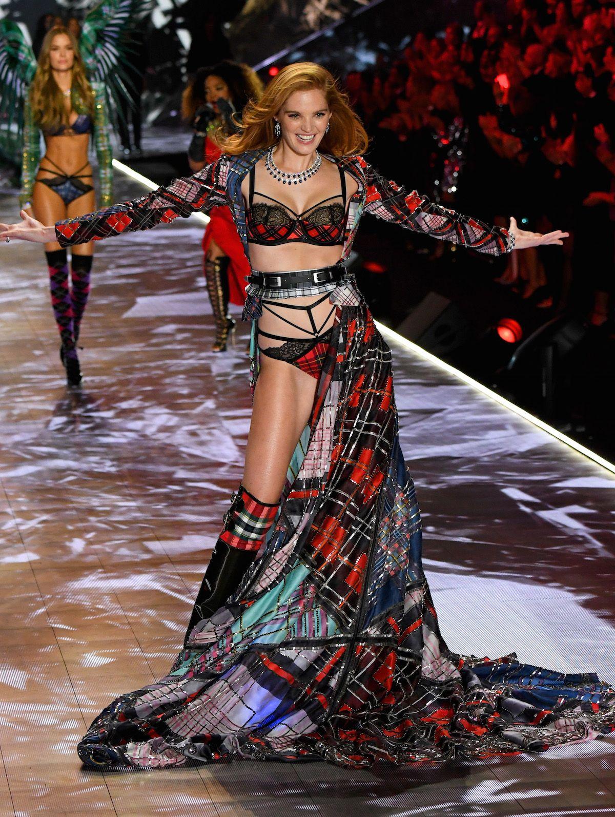Victoria Secret Fashion Show Dresses
