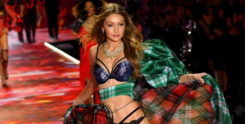 61a0f70f9b Victoria s Secret Fashion Show Runway Photos - Every Look From the  Victoria s Secret Fashion Show