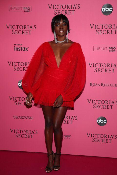 Red, Clothing, Cocktail dress, Fashion, Red carpet, Dress, Magenta, Footwear, Leg, Premiere,