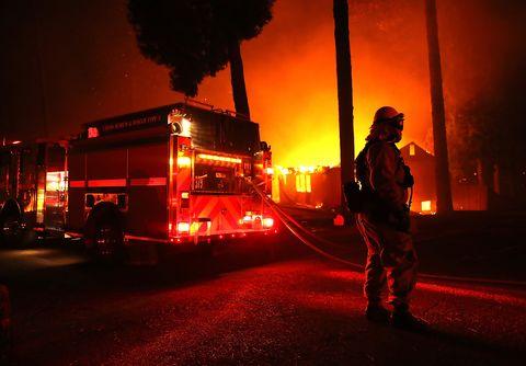 Fire department, Emergency service, Heat, Emergency, Fire, Firefighter, Fire marshal, Night, Midnight, Darkness,