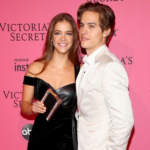 Dylan Sprouse llevó a Barbara Palvin una bolsa de hamburguesas para cenar después del desfile de Victoria's Secret.