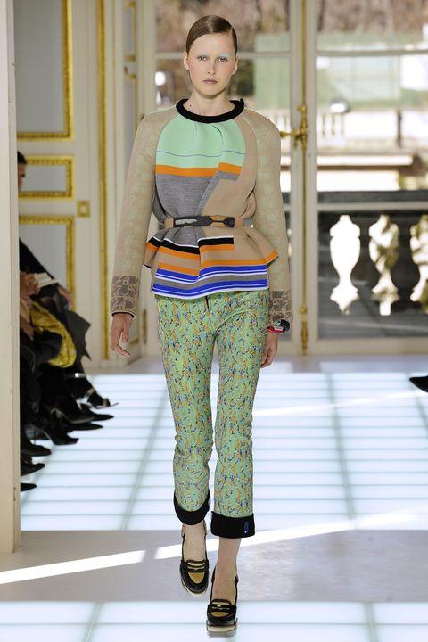 SLUG: ST/ Fashion  DATE: 03/04/2010  CREDIT: Maria Valentino/FTW