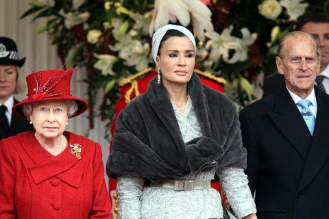 卡達, 王室, 王妃, 謝赫莫札, 英國, 伊莉莎白二世