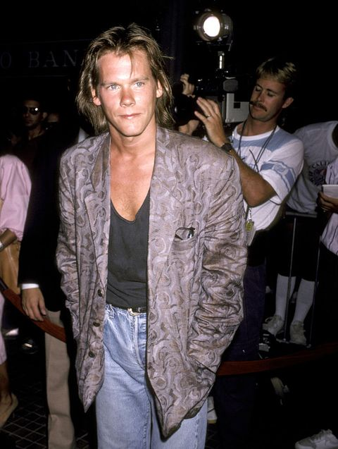 kevin bacon during los angeles premiere of aliens at westwood theater in westwood, california, united states photo by ron galellaron galella collection via getty images