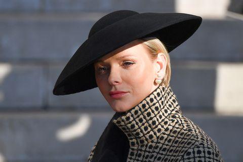 Clothing, Street fashion, Hat, Fashion, Beauty, Lip, Fashion accessory, Headgear, Fedora, Sun hat,