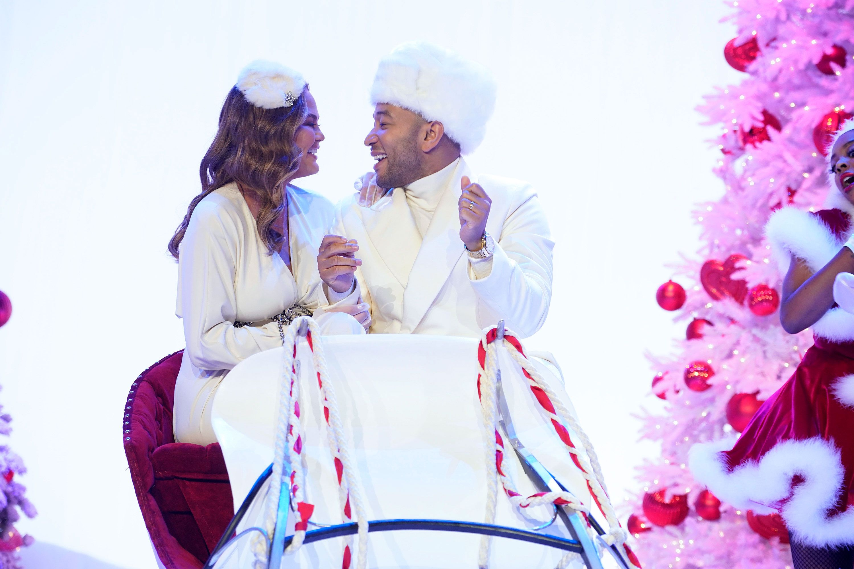 8 Best Celebrity Christmas Specials Ever - Celebrity Holiday Shows ...