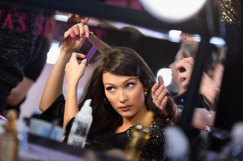 Bella Hadid hair show