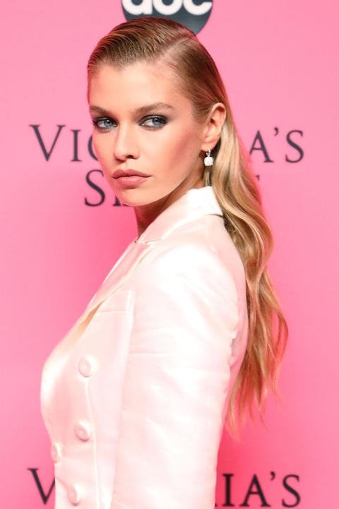 6 Peinados Faciles Para Navidad Inspirados En Celebrities