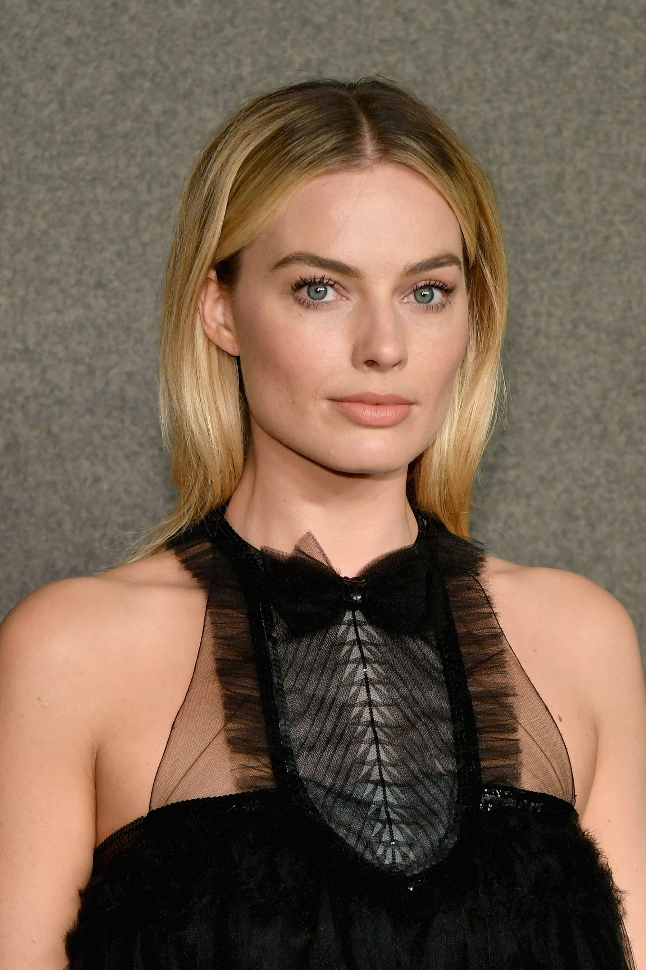 Margot Robbie Hair Make-Up Evolution
