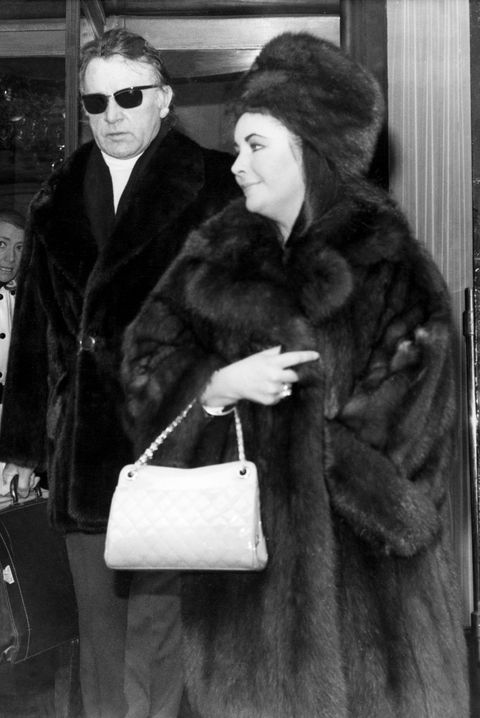 The Most Popular Handbag the Year You Were Born — History of Purses fc43914b5e032