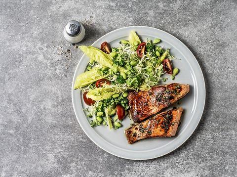 Food, Dish, Cuisine, Caesar salad, Salad, Ingredient, Superfood, Vegan nutrition, Recipe, Leaf vegetable,
