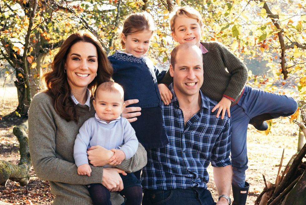 Kate Middleton and Prince William pose with their three children, Prince Louis, Princess Charlotte and Prince George for their annual 2018 holiday card.