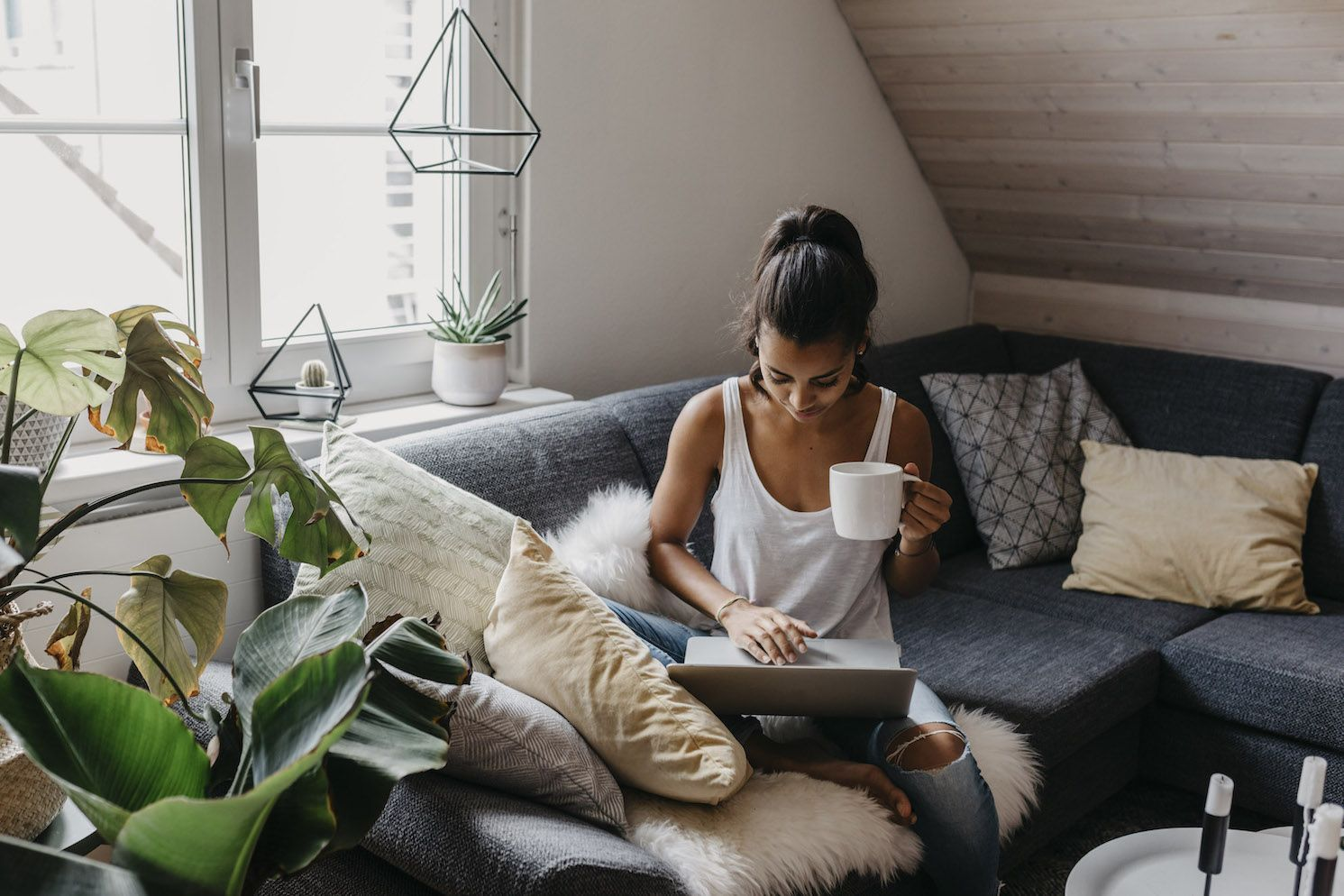 20 Of The Best Online Courses If You Want To Learn Everything, From Piano Playing To Photography