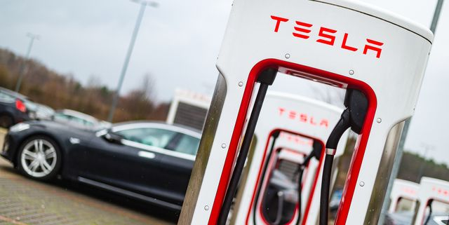 22 december 2018, lower saxony, bispingen tesla charging stations are located on a parking lot at the snow dome in bispingen photo philipp schulzedpa photo by philipp schulzepicture alliance via getty images