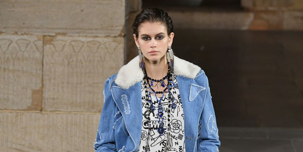 See Every Look From The Chanel Metiers D'Art Pre-Fall 2019 Show