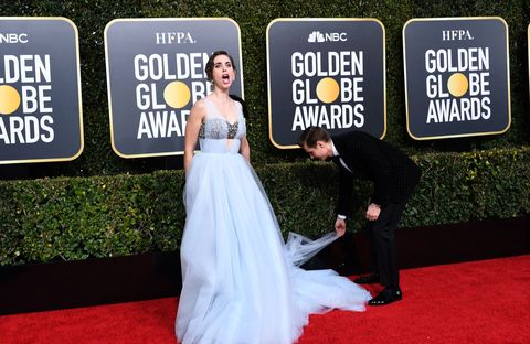 Dave Franco Helping Alison Brie Avoid A Wardrobe Malfunction At The Golden Globes Is So Pure