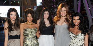 2011 People's Choice Awards - Red Carpet, Kardashians, Jenner