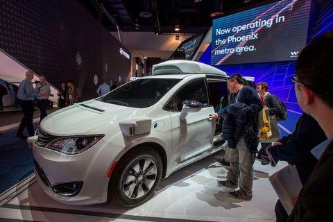 ウェイモの自動運転SUV