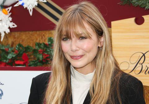 Elizabeth Olsen Showcases Blonde Hair With Wispy Bangs And Looks Exactly Like Her Sisters