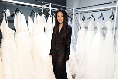 Textile, White, Clothes hanger, Style, Fashion, Street fashion, Fashion design, Waist, Collection, Fashion model,
