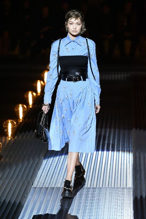 Fashion show, Runway, Fashion, Fashion model, Clothing, Street fashion, Fashion design, Dress, Haute couture, Model,