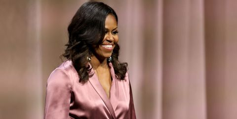 4ce5881fb Michelle Obama Met the Cutest Little Girl at her Book Signing in Denver