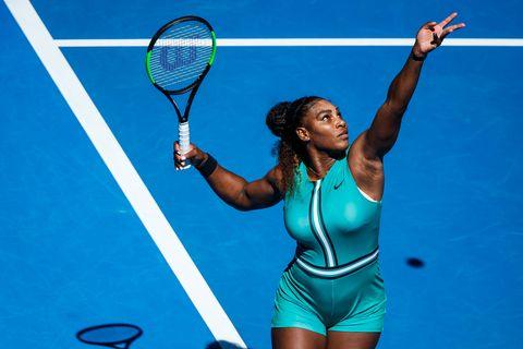 Tennis player, Tennis racket, Tennis, Racket, Strings, Tennis Equipment, Tennis racket accessory, Racquet sport, Soft tennis, Tennis court,
