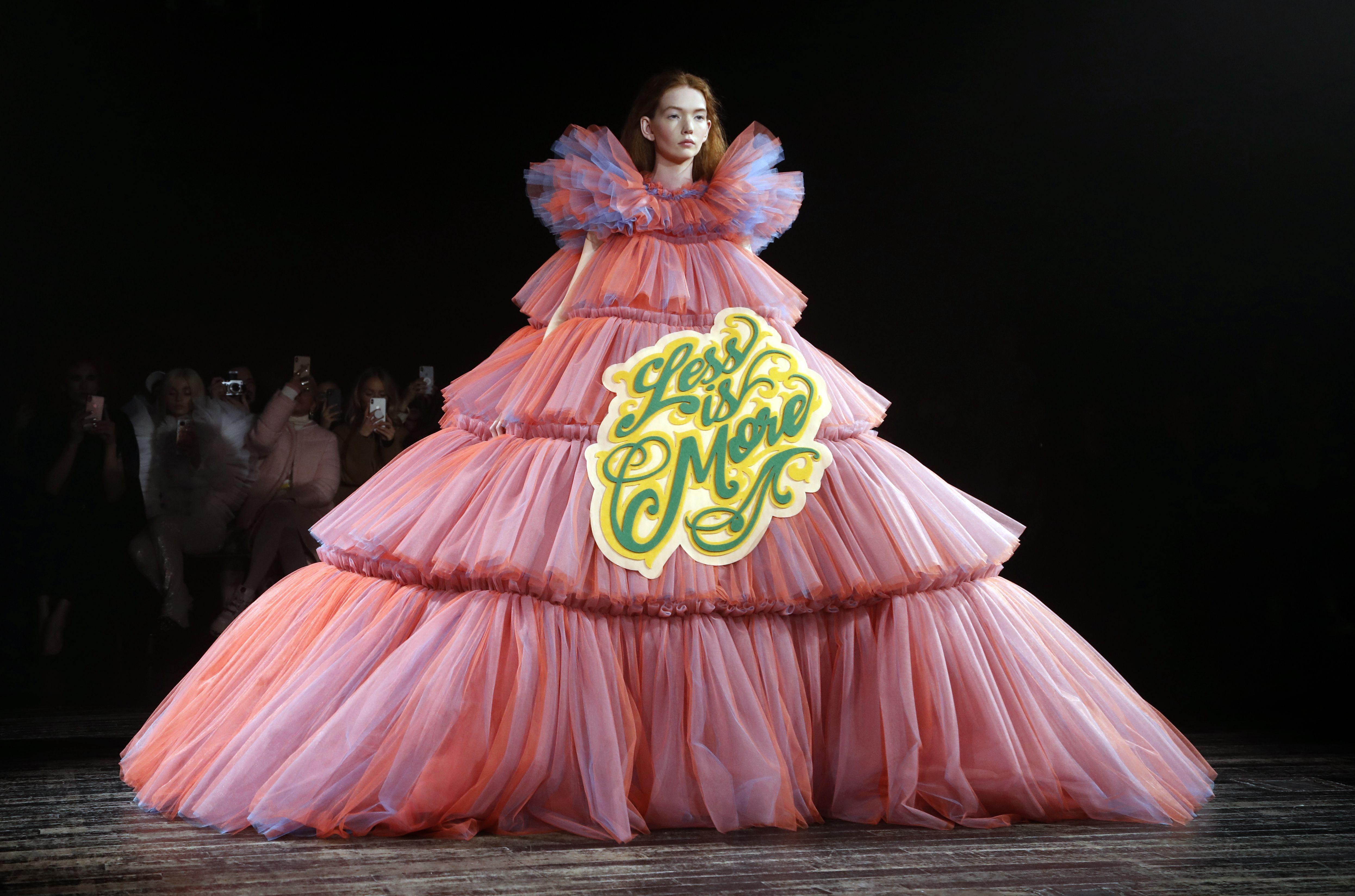 Viktor & Rolf Couture Meme Dress Met Gala 2019