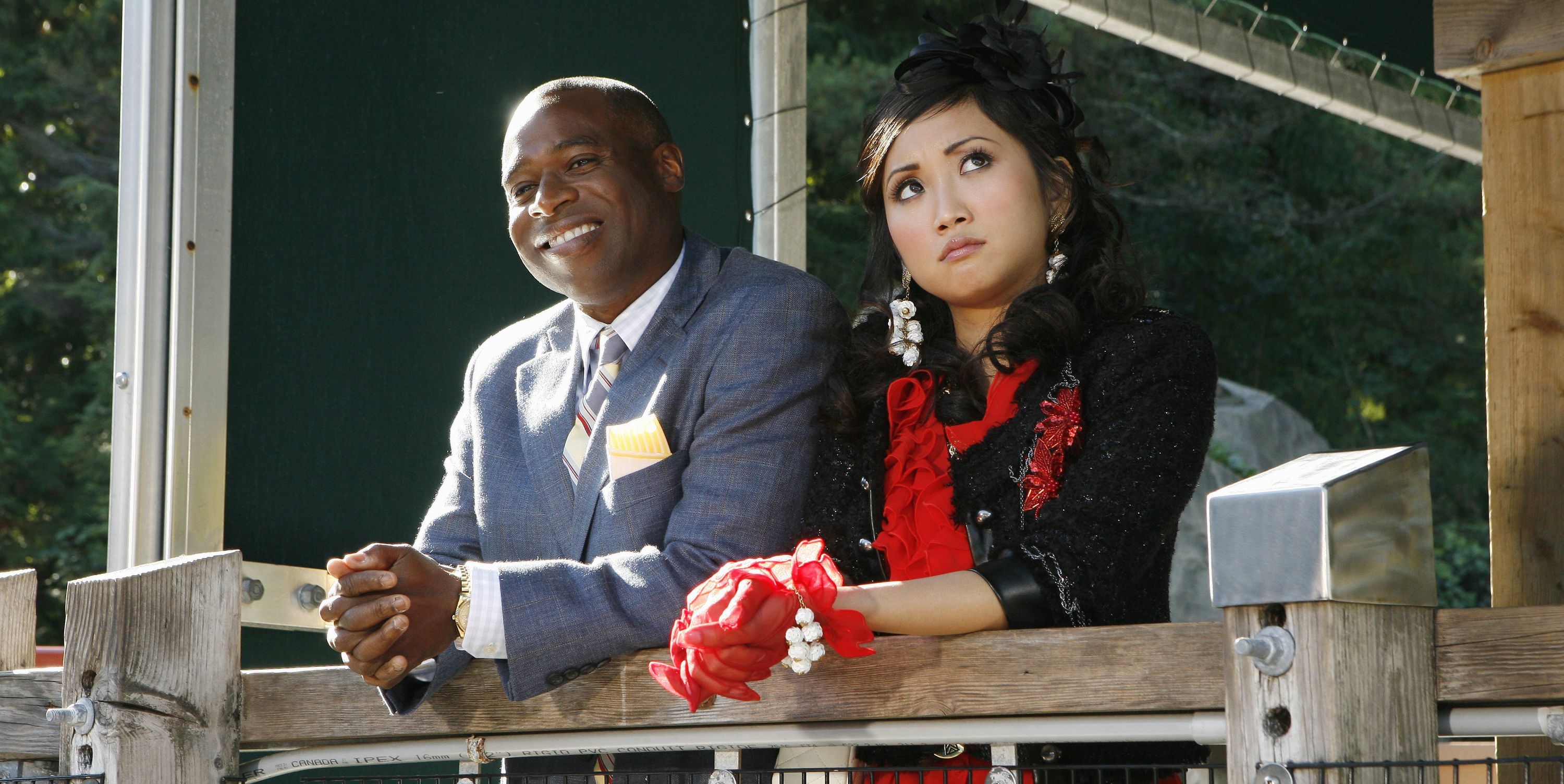 Phill Lewis, Brenda Song