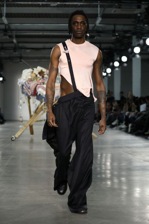 Fashion model, Runway, Fashion, Fashion show, Clothing, Fashion design, Human, Event, Model, Neck,