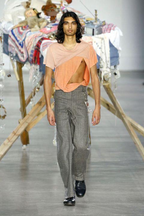 Fashion model, Fashion, Fashion show, Clothing, Runway, Shoulder, Waist, Fashion design, Haute couture, Trousers,