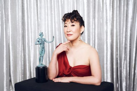los angeles, ca   january 27  sandra oh, winner of outstanding performance by a female actor in a drama series for killing eve, poses in the winners gallery during the 25th annual screen actors guild awards at the shrine auditorium on january 27, 2019 in los angeles, california  photo by terence patrickgetty images for turner