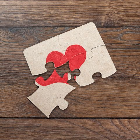 Wood, Hardwood, Wood stain, Carmine, Jigsaw puzzle, Paper, Plywood, Coquelicot, Paper product, Heart,