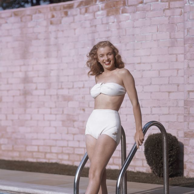 los angeles   1946  actress marilyn monroe then known as norma jeane mortenson poses for a portrait in 1946 in los angeles, california  photo by richard c millerdonaldson collectiongetty images
