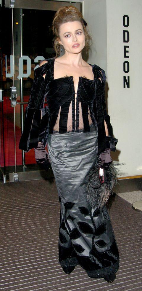 Fashion model, Clothing, Fashion, Haute couture, Fashion design, Shoulder, Dress, Waist, Fashion show, Leather,