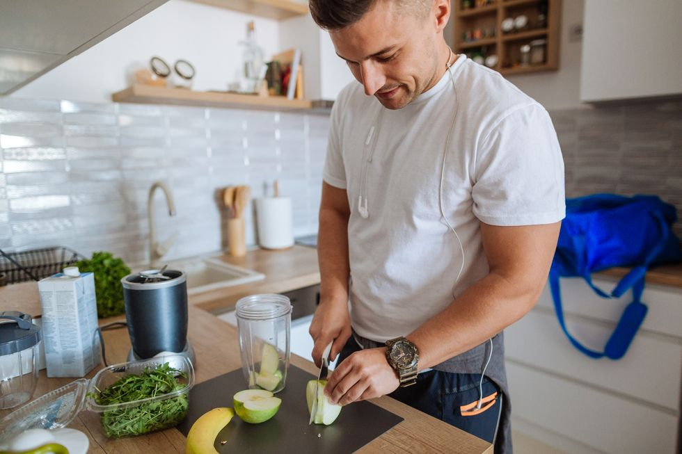 Start Building Muscle With This 7-Day, Excessive-Protein Meal Idea | DietDF thumbnail