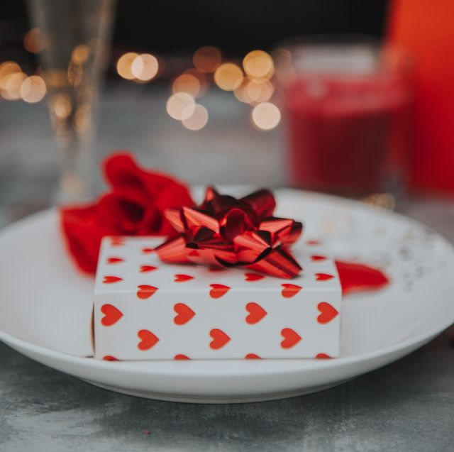 Valentines day table place setting