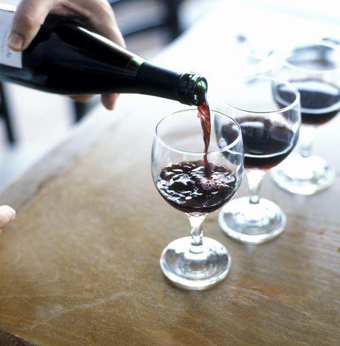 Wine glass, Stemware, Glass, Champagne stemware, Drink, Drinkware, Red wine, Snifter, Alcoholic beverage, Wine,