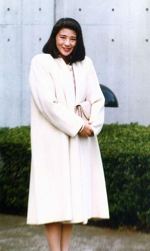 5月1日是德仁正式繼承天皇之位的日子,雅子也在這天成為日本令和時代皇后。自從嫁給德仁之後,關於這位平民皇后的討論聲浪不斷。德仁的成諾,更深深影響著雅子的日本皇室生涯。
