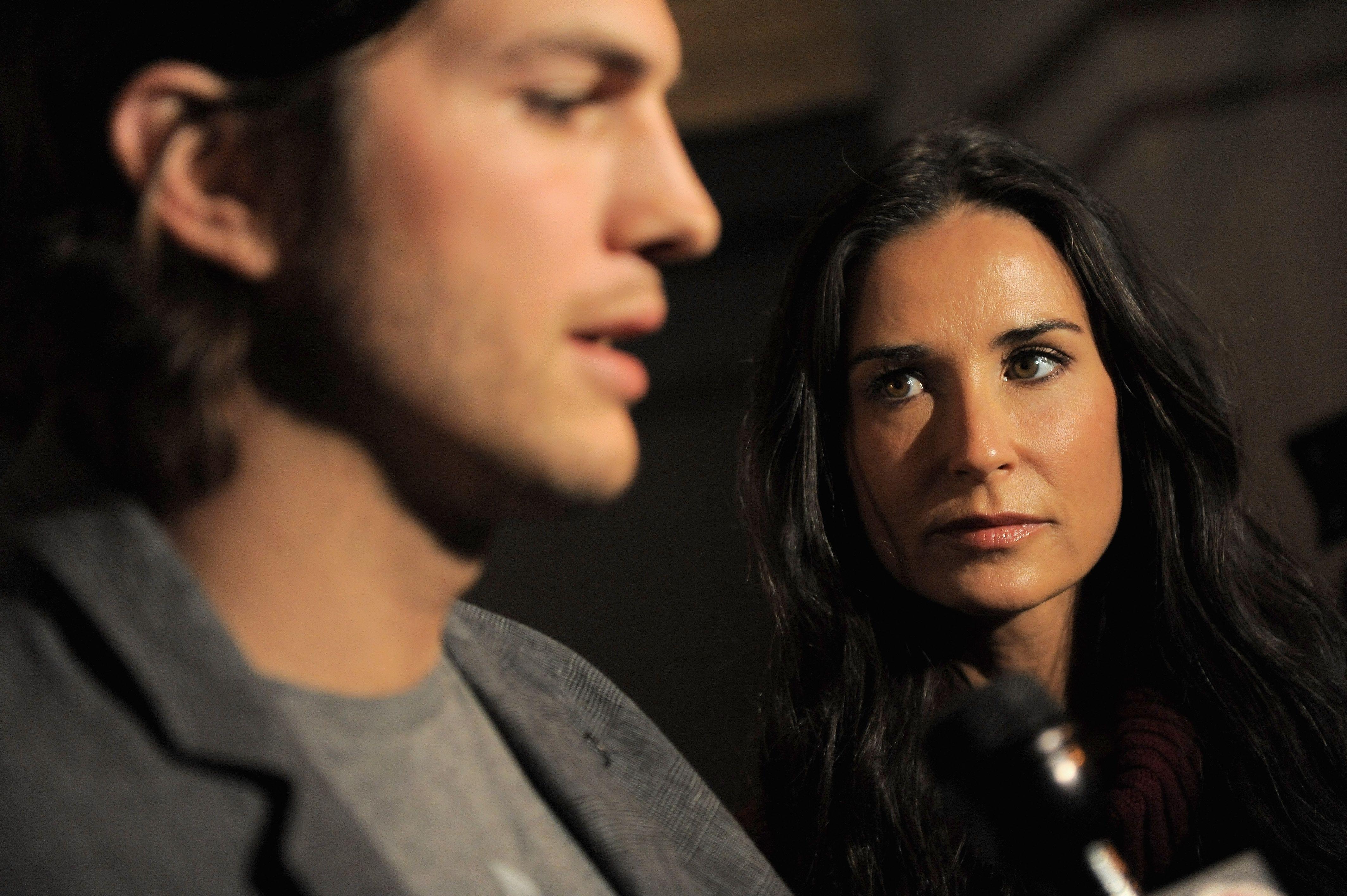 Ashton Kutcher incontri mila
