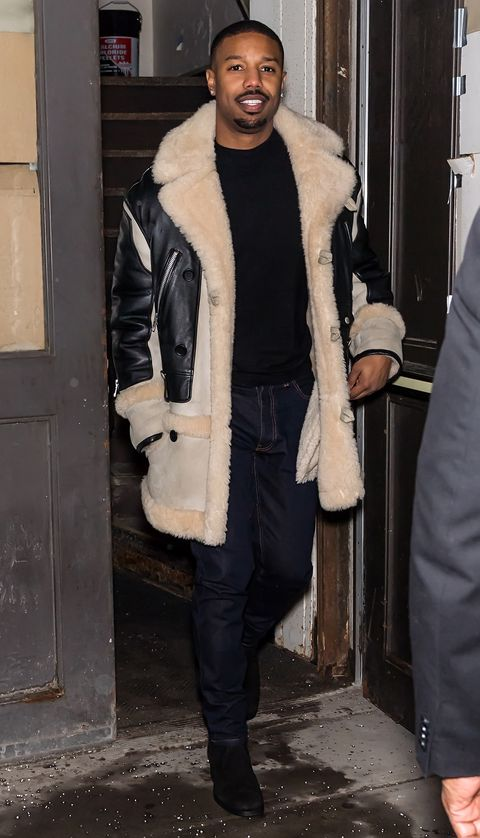 Clothing, Fur, Fur clothing, Outerwear, Fashion, Street fashion, Textile, Overcoat, Coat, Leather,