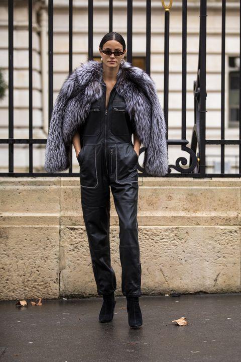 Street fashion, Clothing, Fur, Jacket, Jeans, Fashion, Leather jacket, Leather, Snapshot, Outerwear,