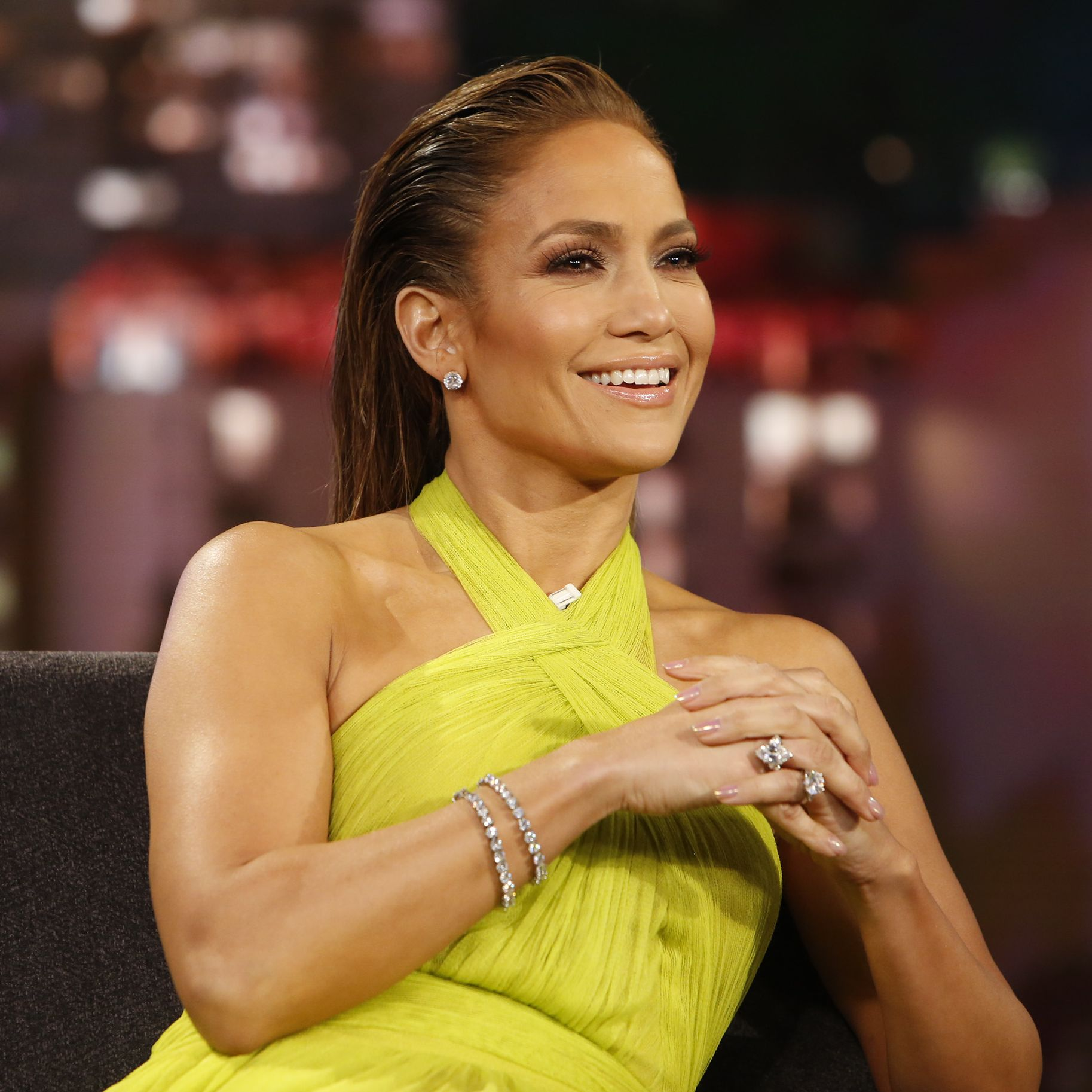 Jennifer Lopez Gets the Best Gift From Boyfriend Alex Rodriguez for Their Two Year Anniversary