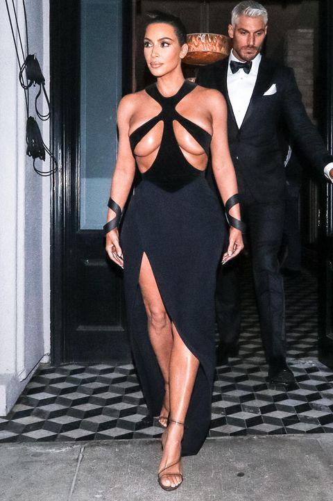 Clothing, Dress, Suit, Formal wear, Little black dress, Shoulder, Fashion, Leg, Tuxedo, Cocktail dress,