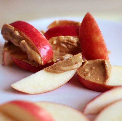 25 College Snacks To Keep In Your Dorm Room Best College Snacks
