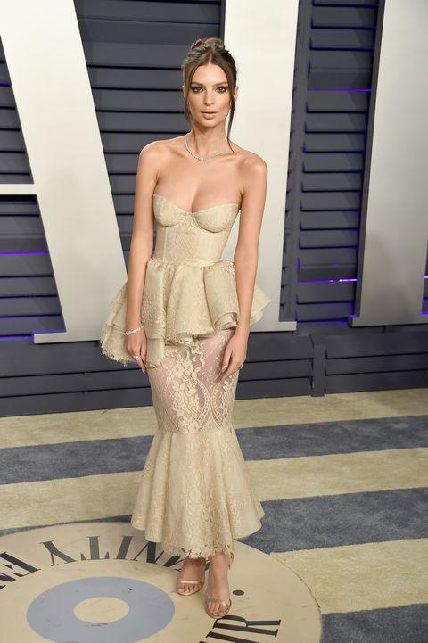 Fashion model, Clothing, Dress, Shoulder, Fashion, Gown, Haute couture, Strapless dress, Fashion show, Cocktail dress,