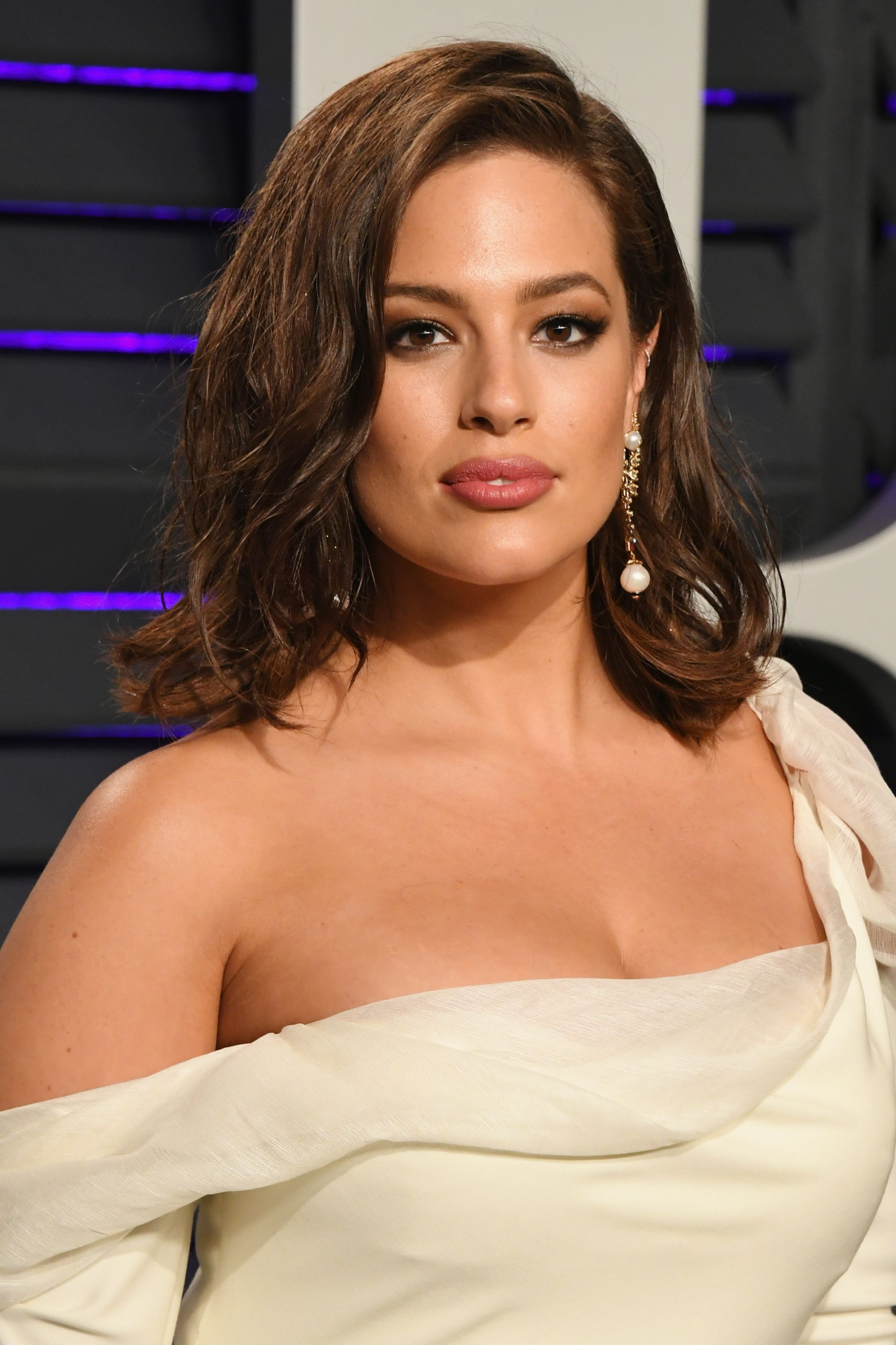 Ashley Graham swears by this scalp serum for fixing her hair loss