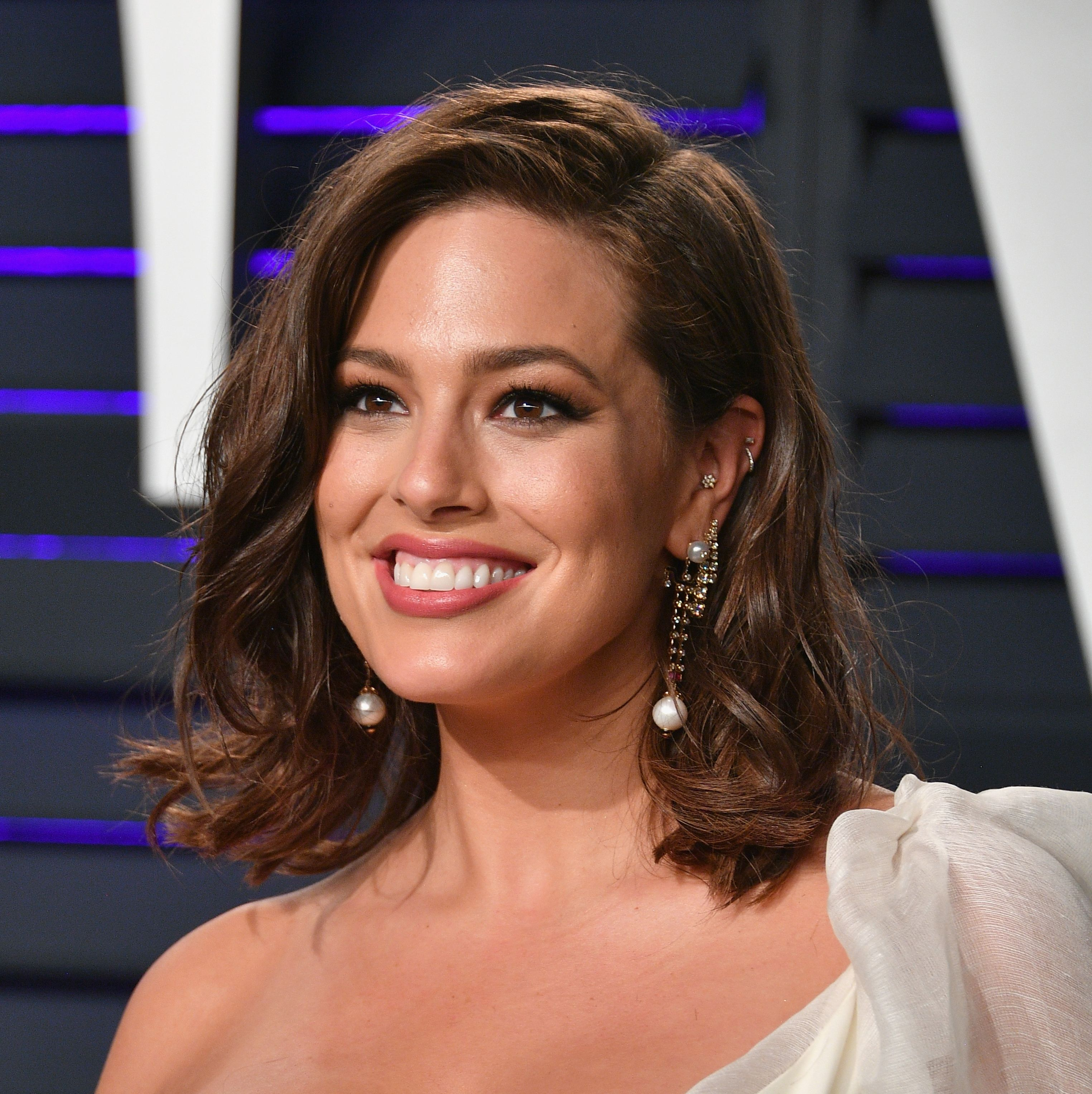 Ashley Graham Just Posted A No-Makeup Instagram Selfie And Got Real About Pimples