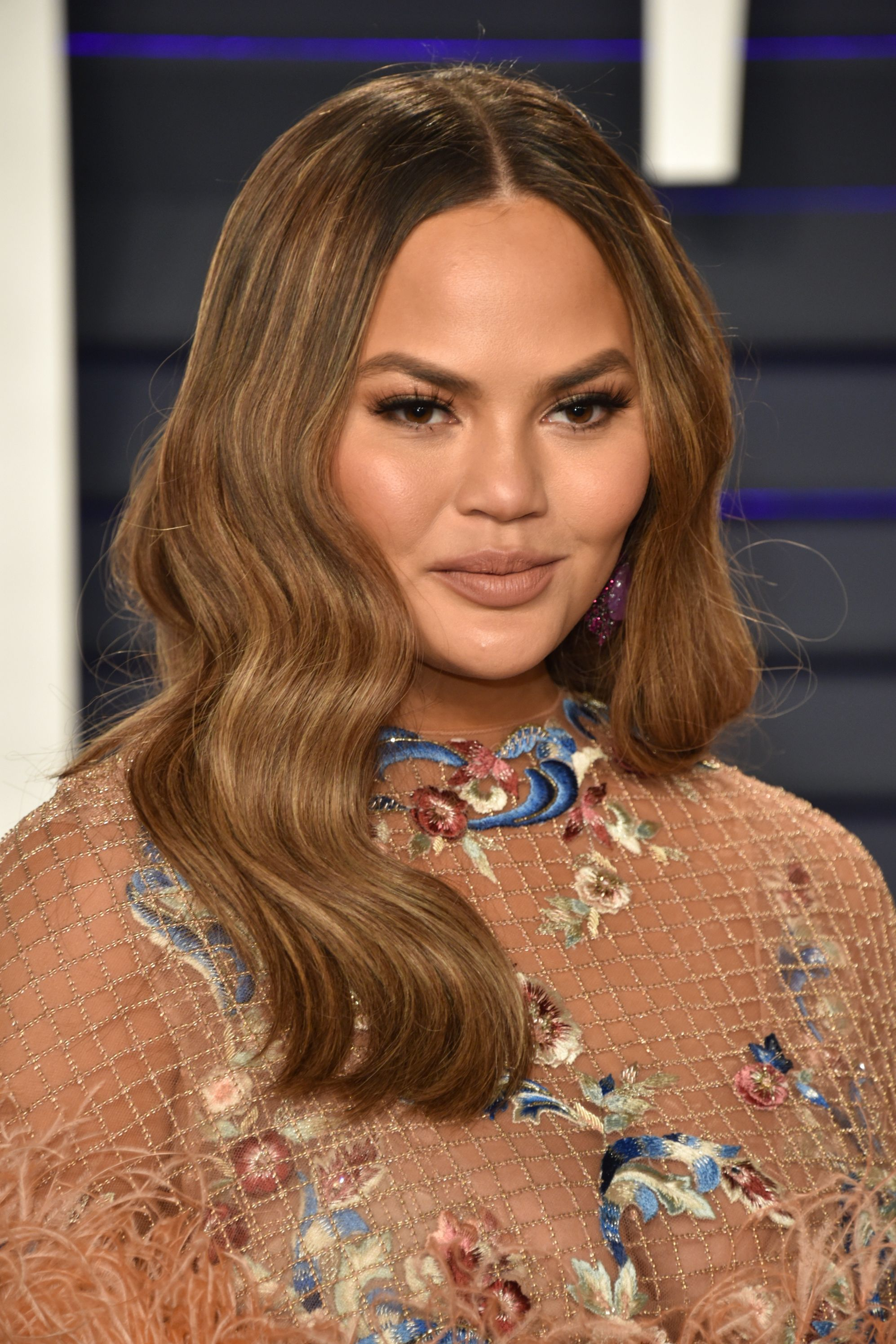 Chrissy Teigen's Honey Brown Highlights