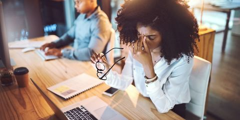 Gazing at a screen is a frequent eyestrain culprit